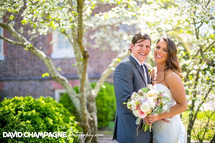 20140426-david-champagne-photography-historic-yorktown-freight-shed-wedding-yorktown-beach-wedding-virginia-beach-wedding-photographers-duke-of-york-hotel-_0048