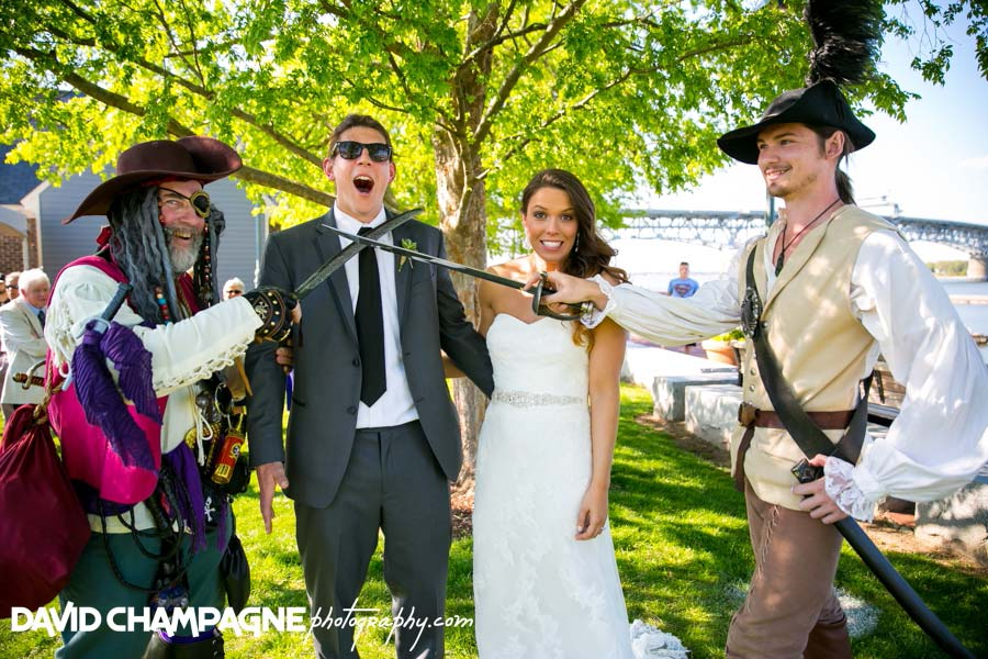 20140426-david-champagne-photography-historic-yorktown-freight-shed-wedding-yorktown-beach-wedding-virginia-beach-wedding-photographers-duke-of-york-hotel-_0066