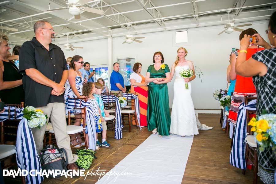 20140613-david-champagne-photography-virginia-beach-wedding-photographers-yacht-club-at-marina-shores-wedding-photographers-wedding-photography-_0037