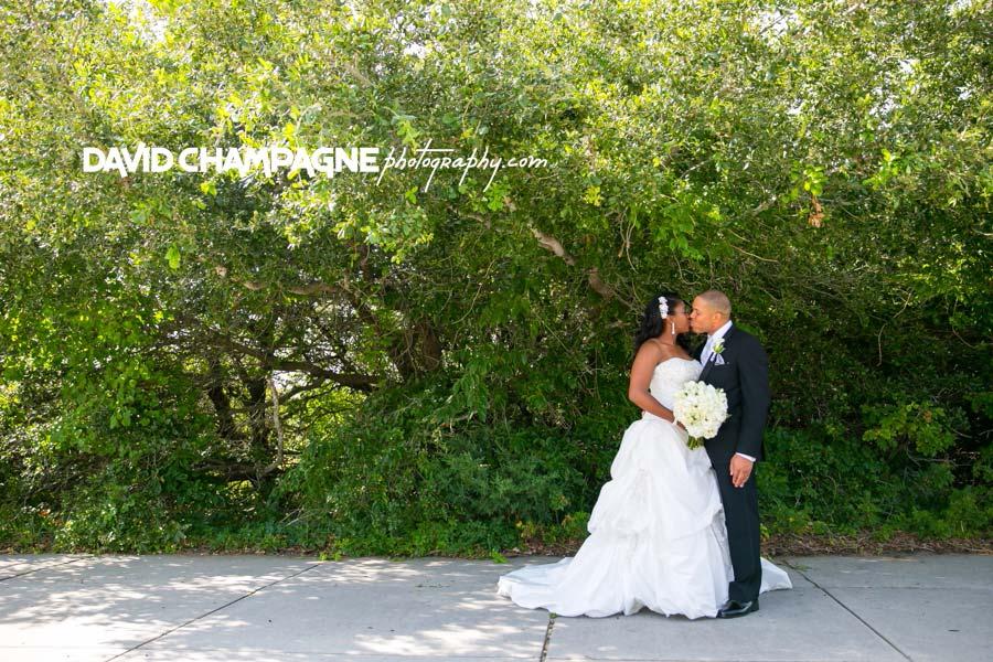 20140727-david-champagne-photography-virginia-beach-wedding-photographers-yacht-club-at-marina-shores-weddings-0027