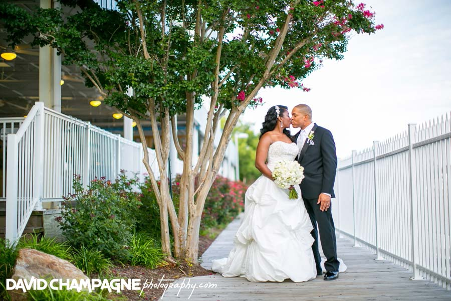 20140727-david-champagne-photography-virginia-beach-wedding-photographers-yacht-club-at-marina-shores-weddings-0057