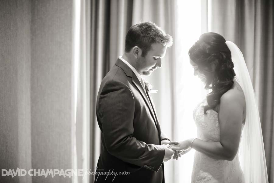 20140906-david-champagne-photography-virginia-beach-wedding-photographers-oceanaire-resort-hotel-wedding-photos-0048