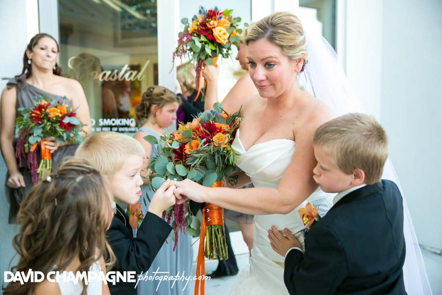 20141025-david-champagne-photography-virginia-beach-wedding-photographers-yacht-club-at-marina-shores-wedding-0045
