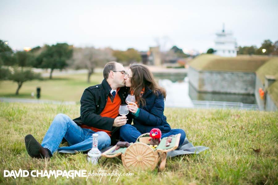 20141116-virginia-beach-engagement-photographers-david-champagne-photography-hampton-fort-monroe-engagement-photos-0019