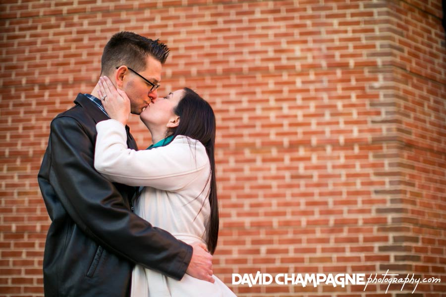 20141122-virginia-beach-engagement-photographers-david-champagne-photography-virginia-beach-town-center-0020