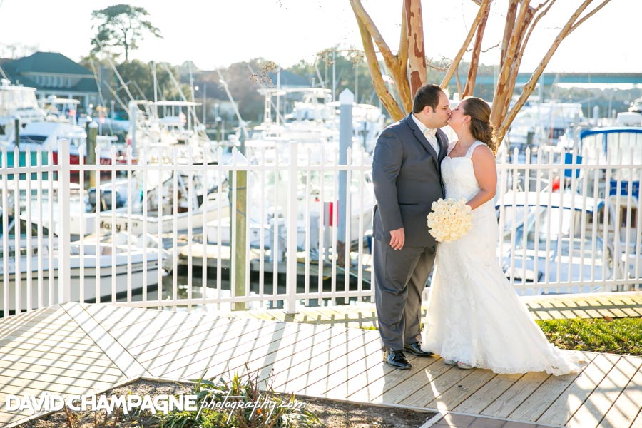 20150117-virginia-beach-wedding-photographers-david-champagne-photography-yacht-club-at-marina-shores-weddings-0022