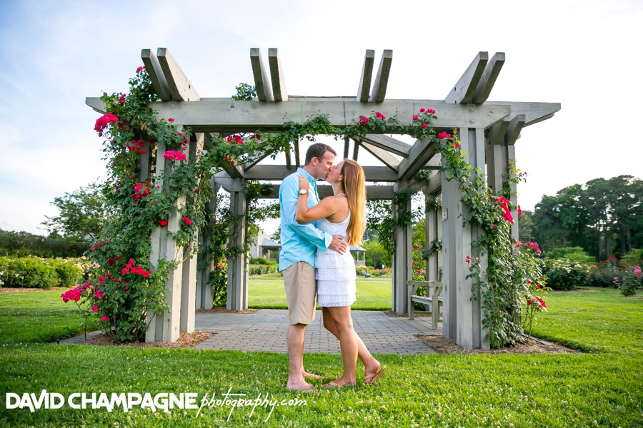 20150624-norfolk-botanical-gardens-engagement-photos-virginia-beach-engagement-photographers-david-champagne-photography-0017