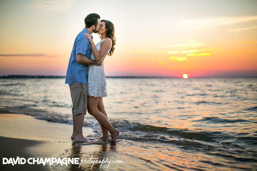 20150823-virginia-beach-engagement-photographers-david-champagne-photography-lynnhaven-pier-photos-0024