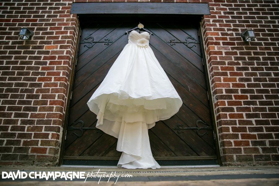 20150830-williamsburg-winery-wedding-photos-virginia-beach-wedding-photographers-david-champagne-photography-0001