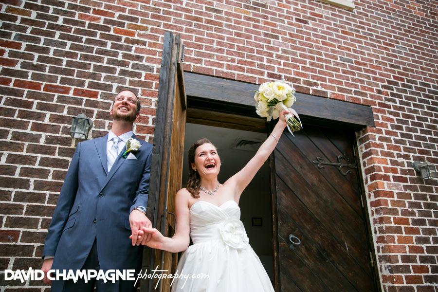 20150830-williamsburg-winery-wedding-photos-virginia-beach-wedding-photographers-david-champagne-photography-0020