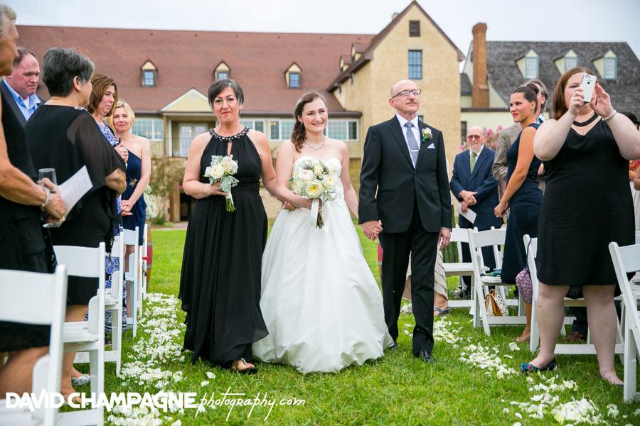 20150830-williamsburg-winery-wedding-photos-virginia-beach-wedding-photographers-david-champagne-photography-0046