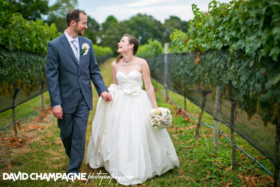 20150830-williamsburg-winery-wedding-photos-virginia-beach-wedding-photographers-david-champagne-photography-0073