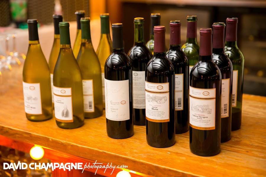20150830-williamsburg-winery-wedding-photos-virginia-beach-wedding-photographers-david-champagne-photography-0090