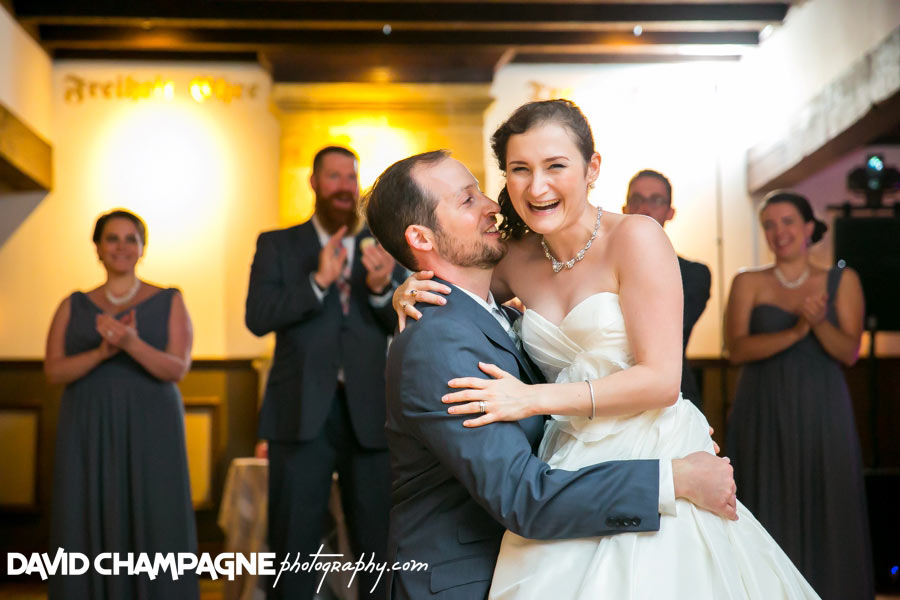 20150830-williamsburg-winery-wedding-photos-virginia-beach-wedding-photographers-david-champagne-photography-0094