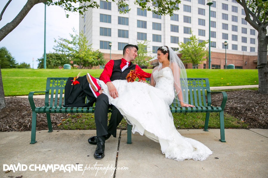 20150927-newport-news-marriott-at-city-center-wedding-photos-virginia-beach-wedding-photographers-david-champagne-photography-0062