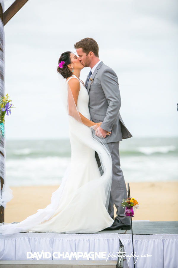 20151010-virginia-beach-wedding-photographers-sandbridge-beach-wedding-photos-david-champagne-photography-0040