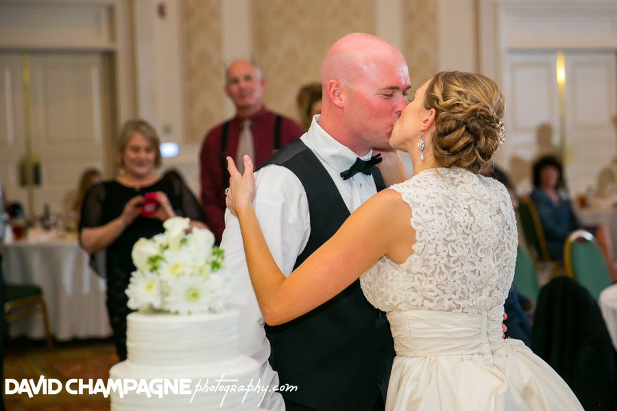 20151024-founders-inn-wedding-photographers-virginia-beach-wedding-david-champagne-photography-0114