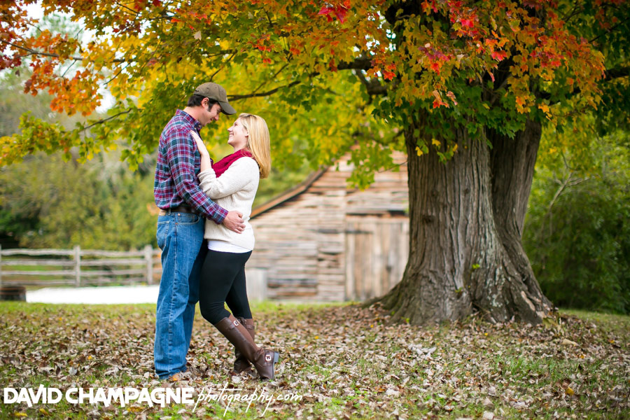 20151025-colonial-williamsburg-engagement-photos-virginia-beach-engagement-photographers-david-champagne-photography-0001