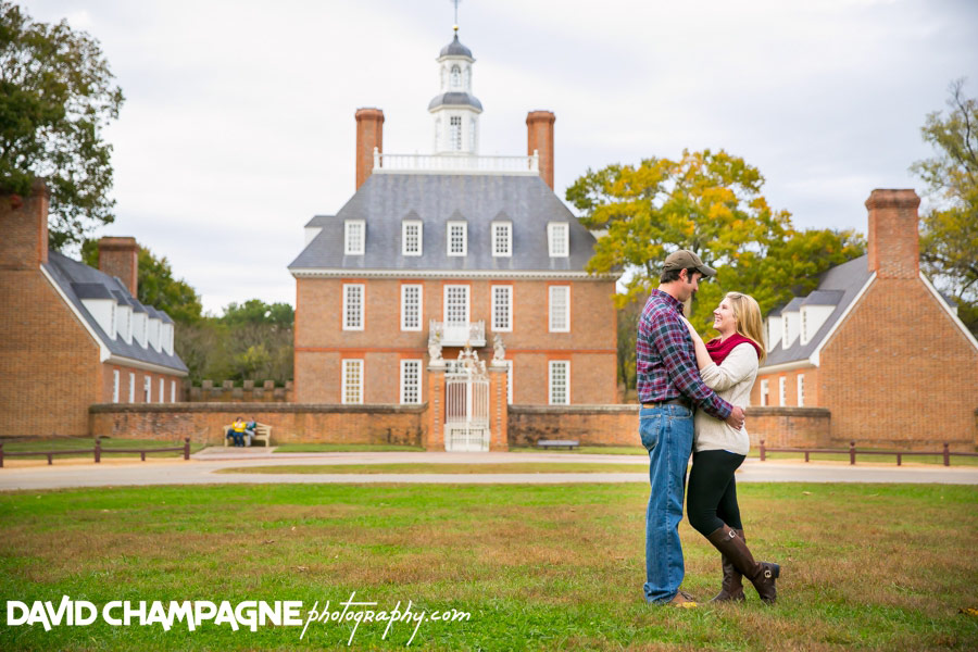 20151025-colonial-williamsburg-engagement-photos-virginia-beach-engagement-photographers-david-champagne-photography-0020