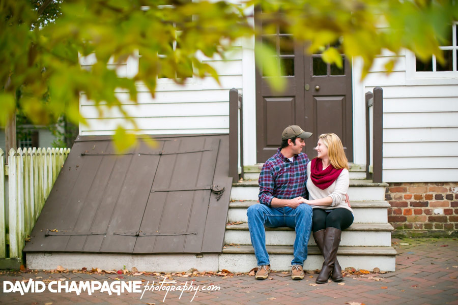 20151025-colonial-williamsburg-engagement-photos-virginia-beach-engagement-photographers-david-champagne-photography-0022
