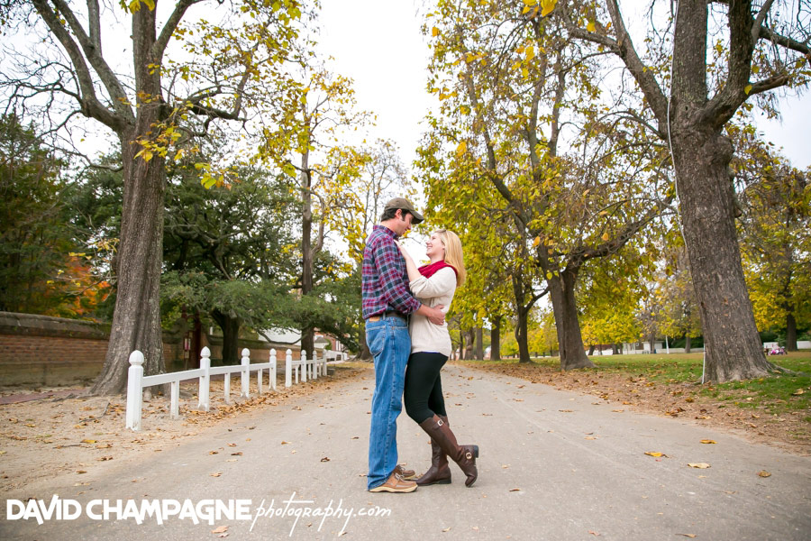 20151025-colonial-williamsburg-engagement-photos-virginia-beach-engagement-photographers-david-champagne-photography-0027